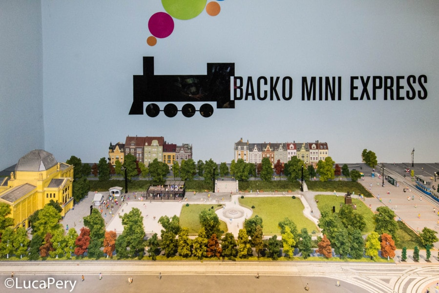 Backo Mini Express