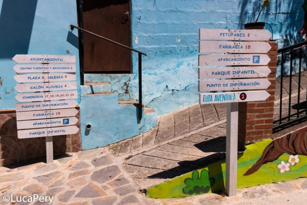 Visitare il Paese dei puffi in Spagna